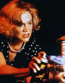 Killer Musings: A Look Back at SERIAL MOM