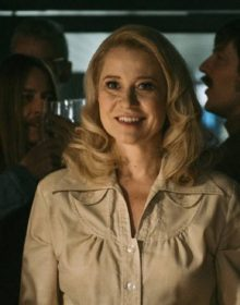 REVIEW: THE COMMUNE