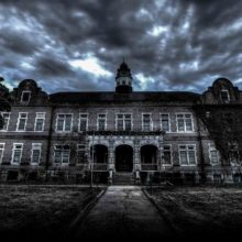 CINE-WEEN: The Grim Attraction to Haunted Attractions